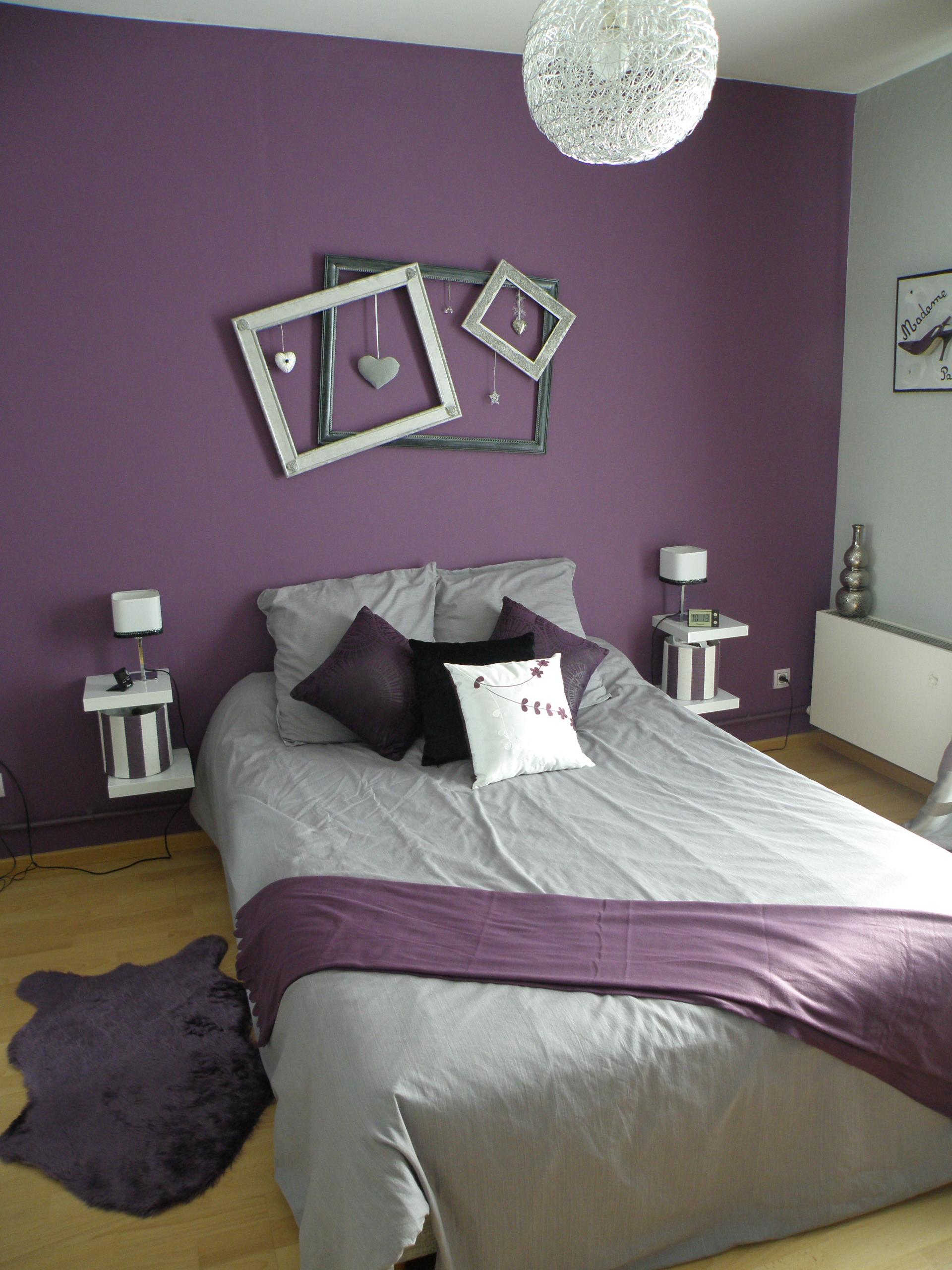 Chambre Baroque Noir Et Violet chambre parentale en gris, violet et touche d'argenté à st