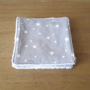 Lingettes lavables en coton éponge bio pour bébé et aux motifs d'étoiles blanches