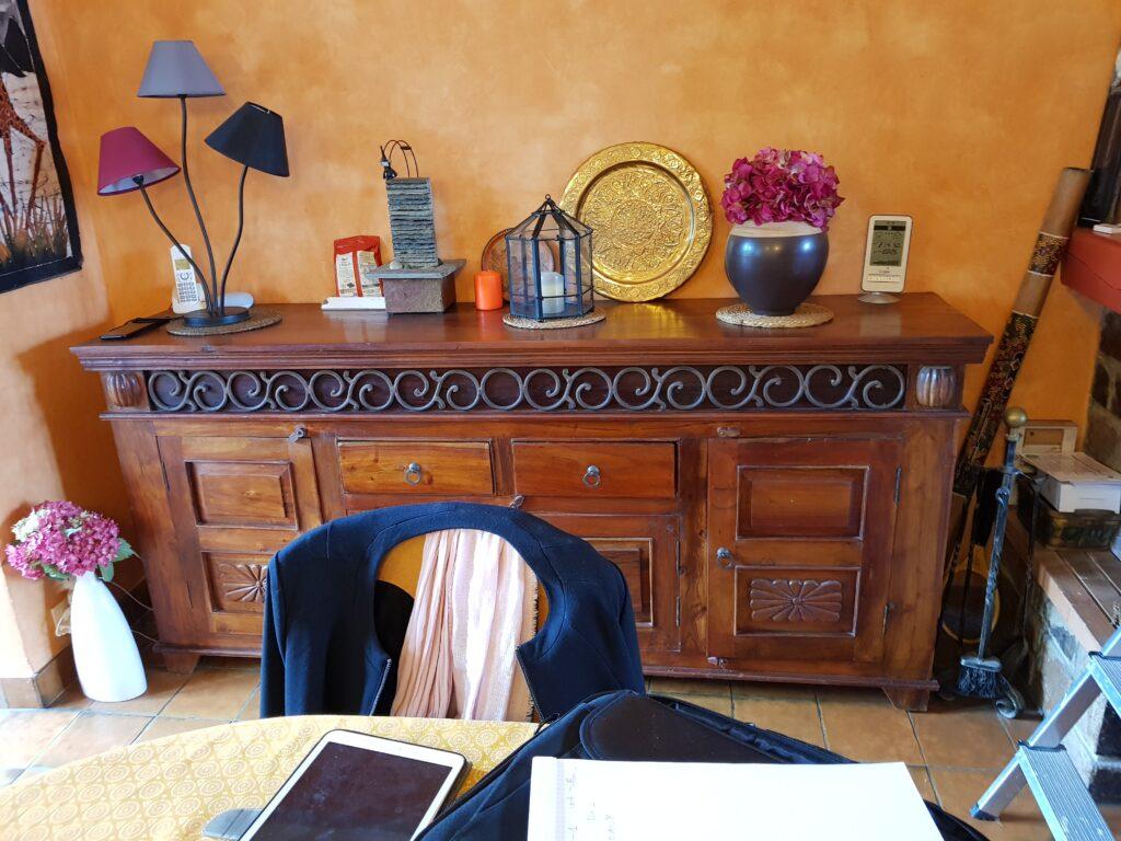 meuble en bois fonce avant relooking karine Decoration