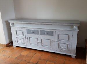 meuble en bois exotique relooké en gris karine décoration
